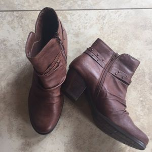 Size 10 Brown Boot New